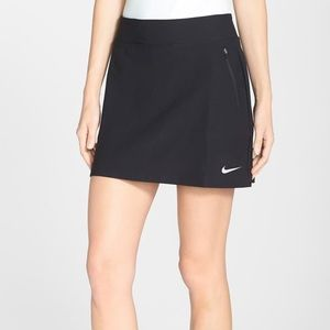 "Nike ""no sew"" Golf Skirt sz XS"